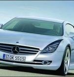 صورة سيارة مرسيدس فضية