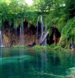 صورة لبحيرة جميلة