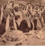 صورة قديمة للملك عبد العزيز