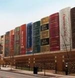 صورة المكتبة العامة في مدينة كانساس سيتي