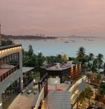 Pattaya Thailand – Central festival shopping mall