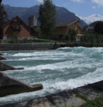 Standing wave at sluice gate, Interlaken