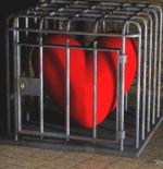 صورة قلب مسجون