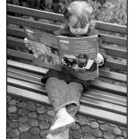 صورة طفلة مثقفة