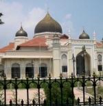 صورة مسجد في ماليزيا