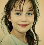 صورة الطفلة الجميلة صاحبة العيون الزرقاء