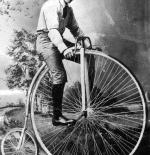 صورة نادرة لدراجة قديمة