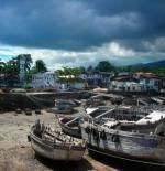 Moroni harbour