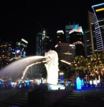 Merlion by night