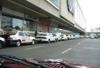 taxi line in front of SM