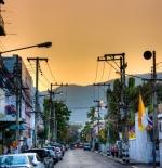 غروب الشمس فوق مدينة شيانج ماي