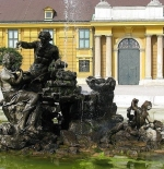 Fountain at Schönbrunn Palace