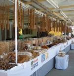 سوق الحلويات في لارناكا