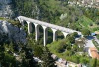 جسر في نيس