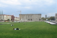 Old Palace Lawn
