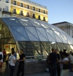 New metro entrance in Sol