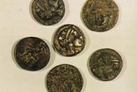 العملات التي وجدت في فيلكا