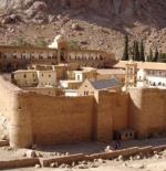 Het beroemde klooster aan de voet van de Mozes berg