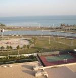 احد ملاعب التنس بمدينة الخبر