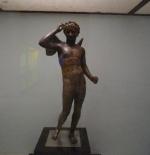 التمثال اليوناني
