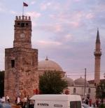برج لساعة من العصر الروماني ومسجد تكيلي محمد باشا
