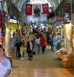 أحد ممرات السوق المغطى