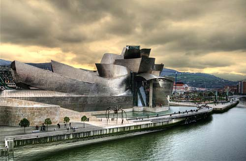 ¶«-.¸¸.-»©¶ نــــــادرهـ غـــريـــبـــه عــجــيــبه صــور Guggenheim-Museum2-Bilbao-Spain.jpg